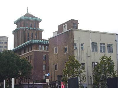 キングの塔(神奈川県庁)